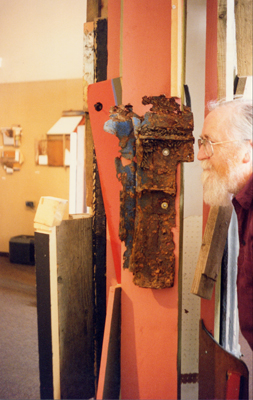 Islwyn Watkins with Brecon Column at Brecknock Museum and Art Gallery, 1994